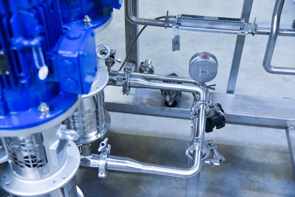 Bas du Distributeur et producteur eau osmosée